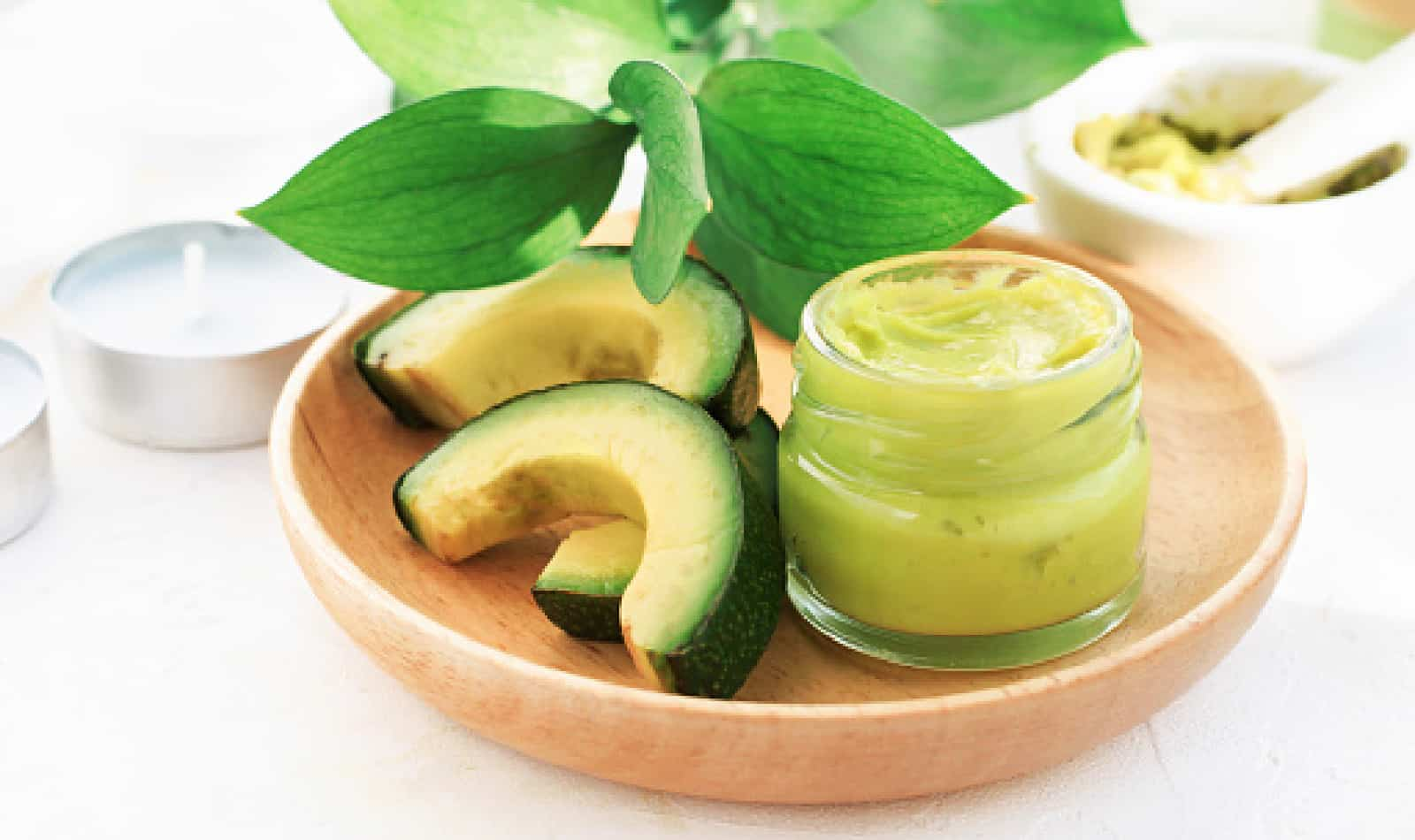 If you're looking for amazing avocado masks for hair, come on it! From at-home beauty DIYs to store-bought ideas, we've got you covered. Check it out!