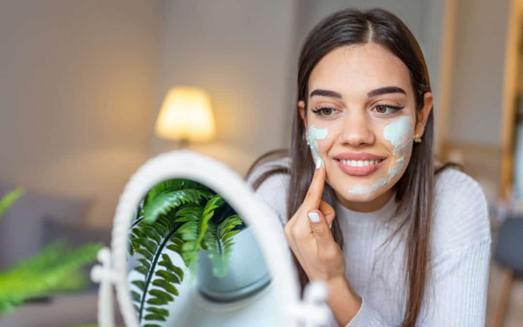 6 Amazing Kaolin Clay Face Masks to Buy or DIY
