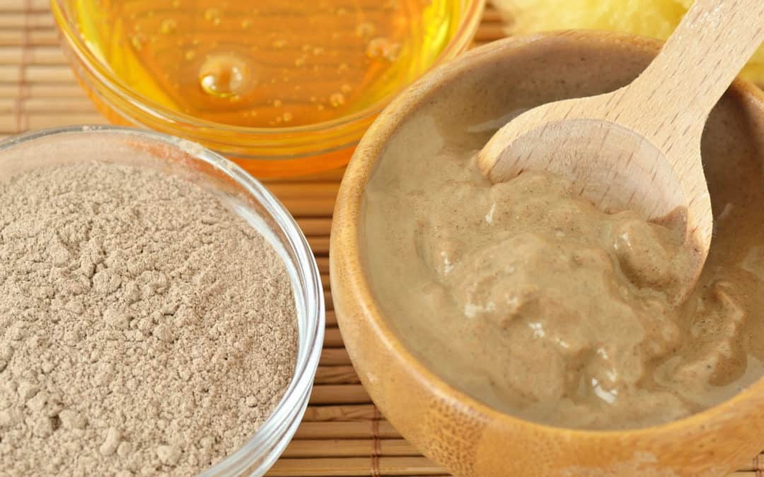 6 Amazing Rhassoul Clay Benefits for Your Hair & Skin