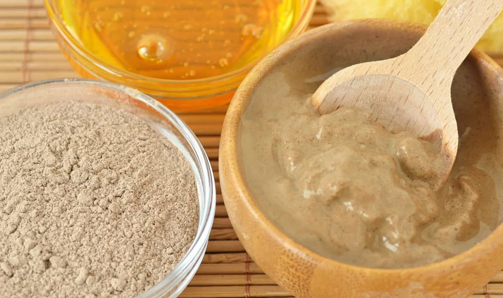 What is rhassoul clay and why should it be part of your skin care routine? Read on for 6 amazing rhassoul clay benefits to find out!
