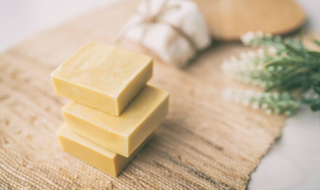 On the hunt for the best aromatherapy hand soap? Check out our top 6 favorites that you can buy right away or make yourself at home!