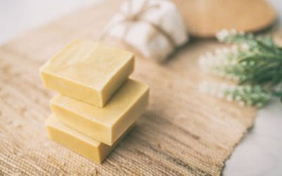 6 Best Aromatherapy Hand Soap to Buy & DIY