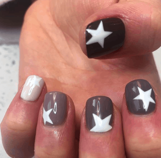 gray nails with white stars