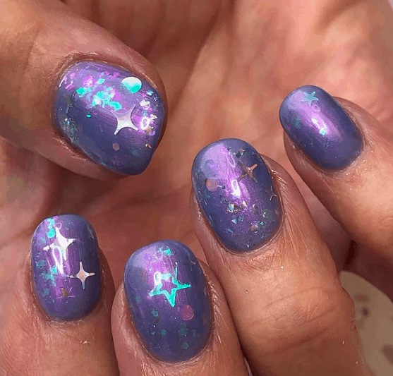 violet nails with glossy stars