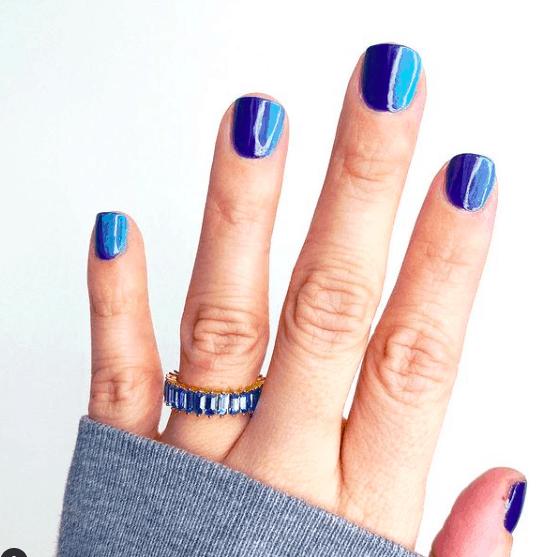 Summer Vibes nail design