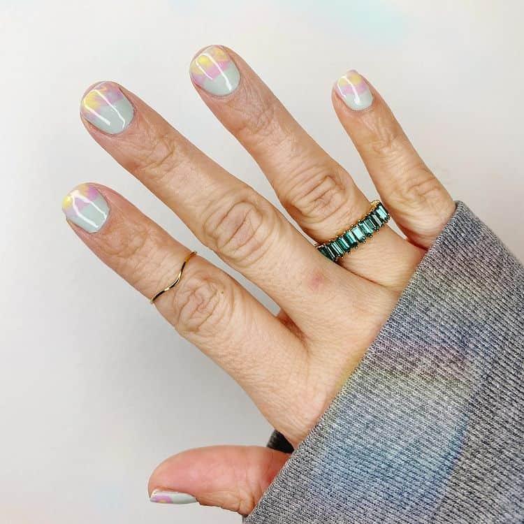 minimalist ombre nail design