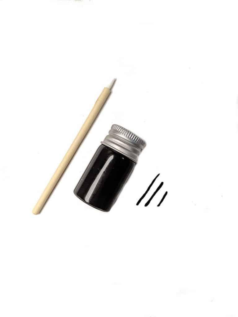 CleanFacedCosmetic's Zero-Waste eyeliner