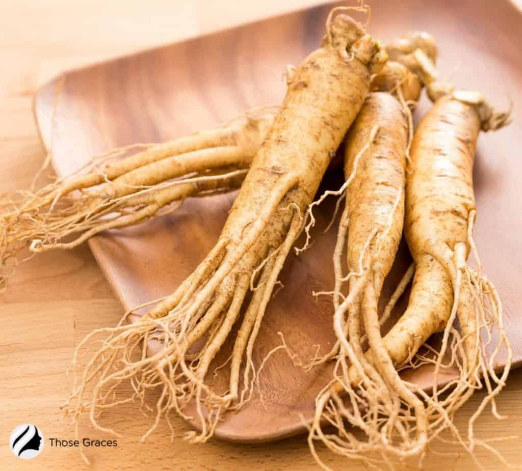 ginseng in a wooden plate