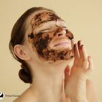 lady putting a DIY face scrub on her face