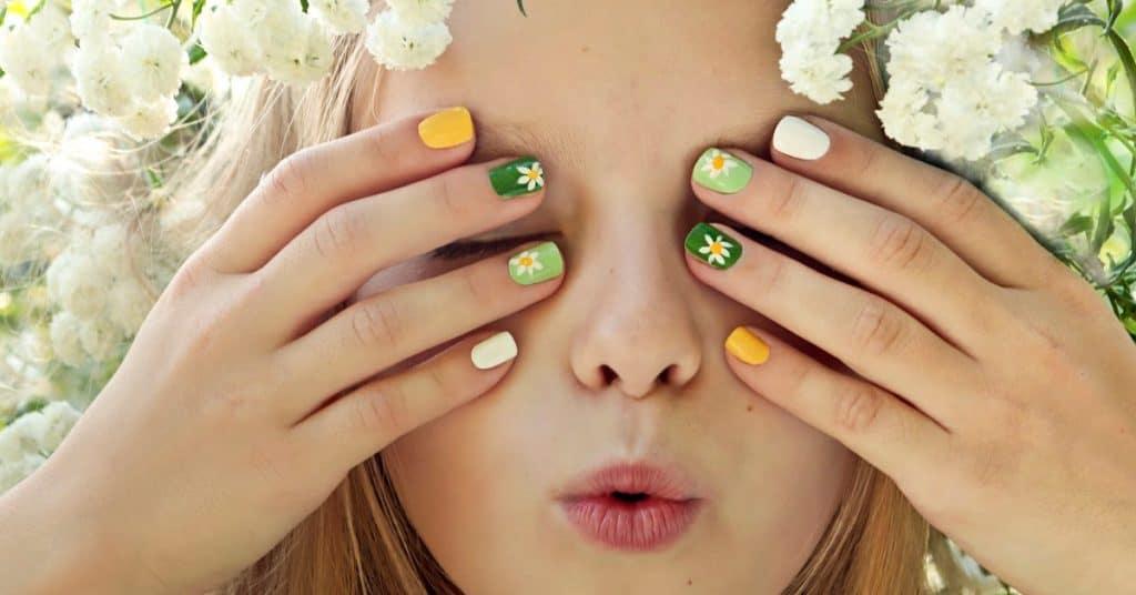 cute short gel nails green