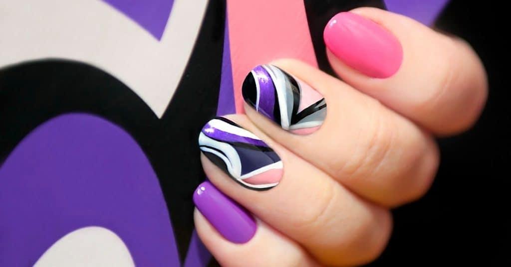 Swirly Gel Nail Art