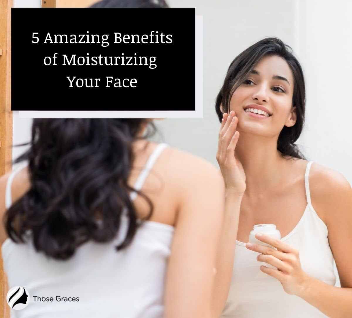 a beautiful lady putting cream on her face but what are the benefits of moisturizing face?