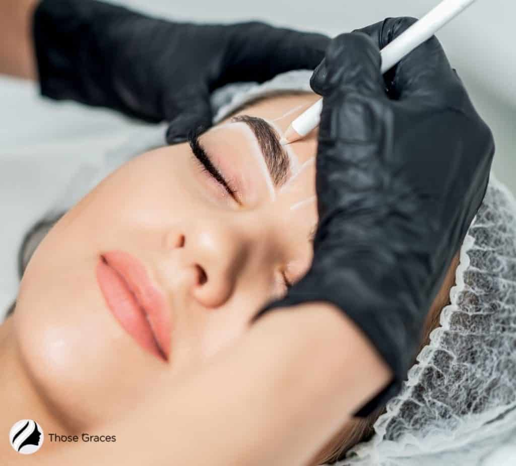 microblading procedure for the pretty woman