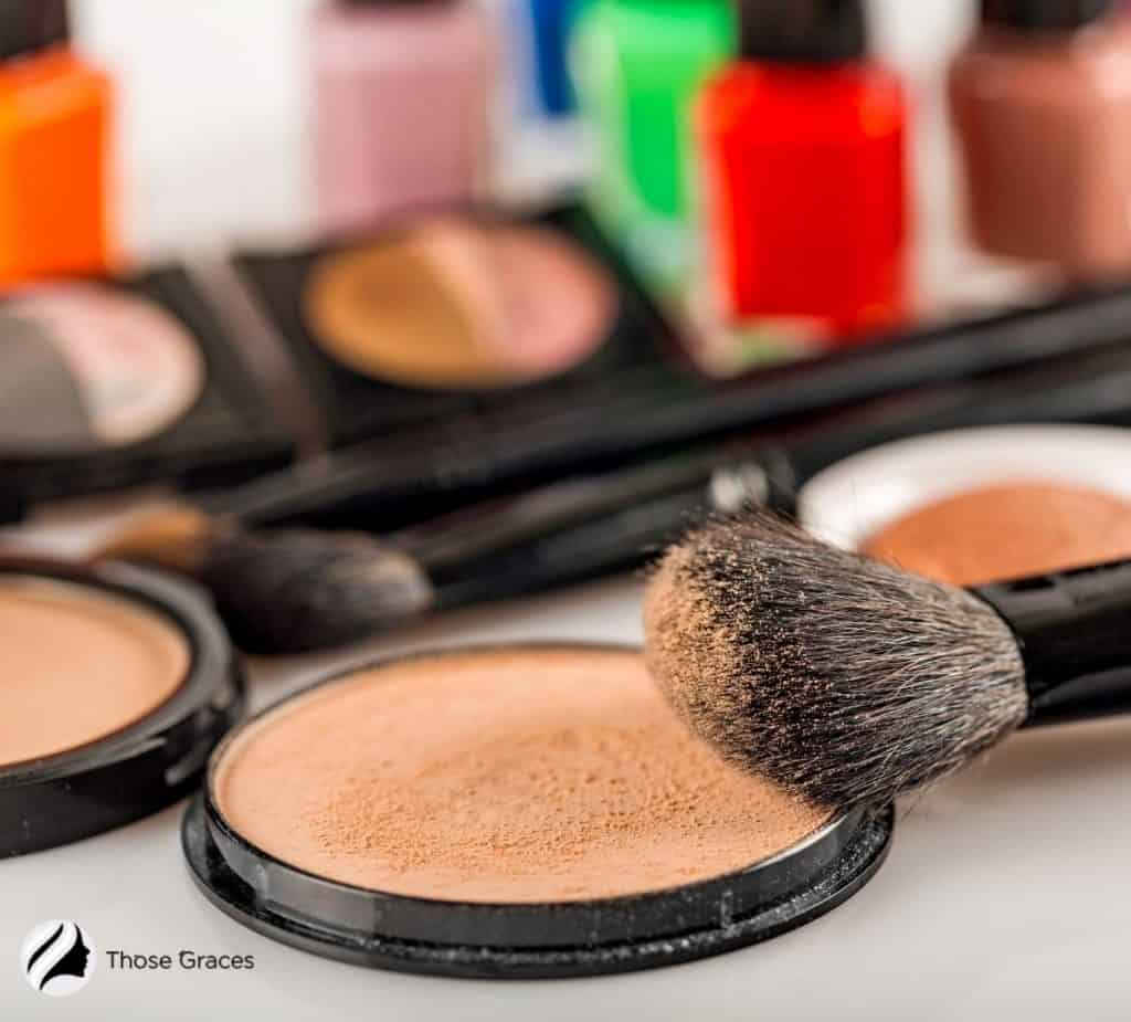nude bronzer with brush but what is bronzer exactly?